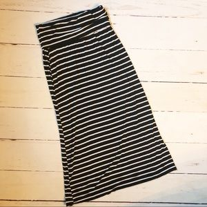 a.n.a. Striped Maxi Skirt